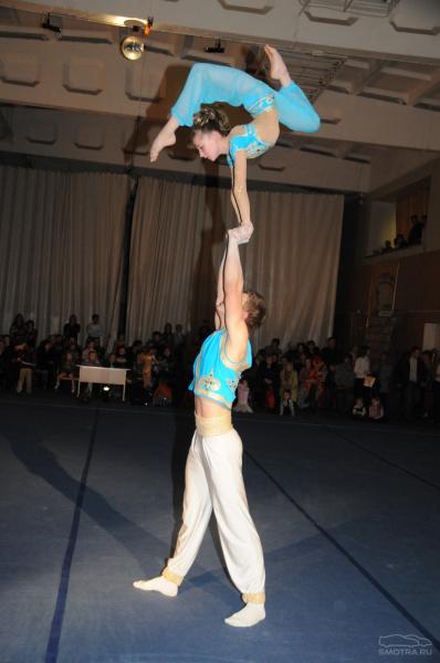 Акробатика и девушки фото