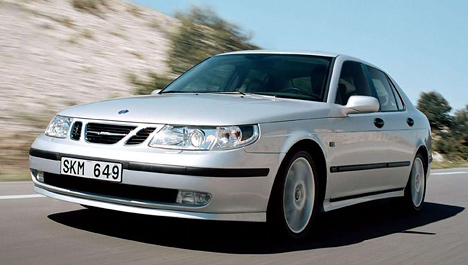 В 2002 году появляется совершенно новая модель 9-3.  Отличительной особенностью нового 9-3 является кузов.