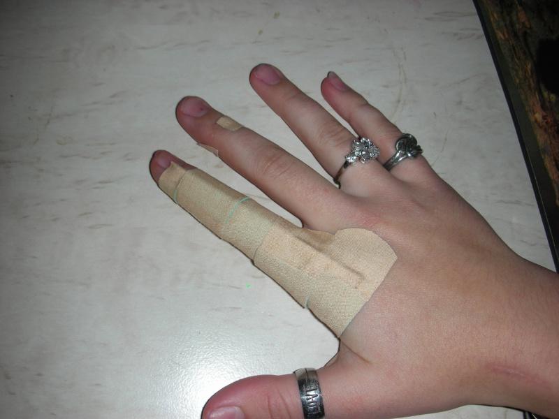 Как сделать чтобы палец большой на руках  195