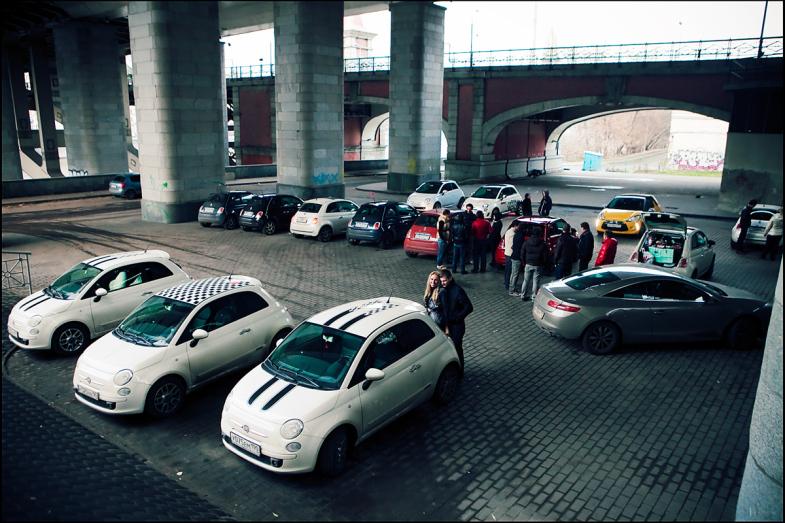 Существуют более заряженные версии Фиат 500 например Fiat 500 Abarth Для...