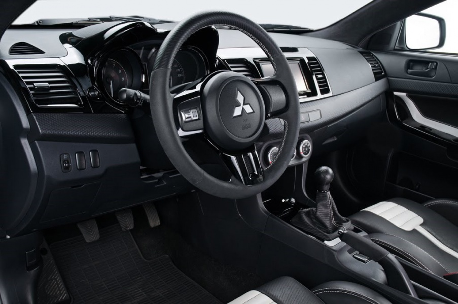 Ёлемент салона Mitsubishi Motors EVO 10 EVO - фото 9